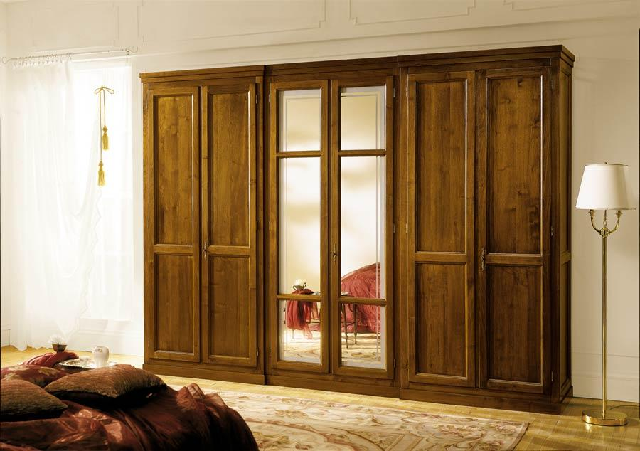 Solid wood wardrobe with 6 doors and central mirrors