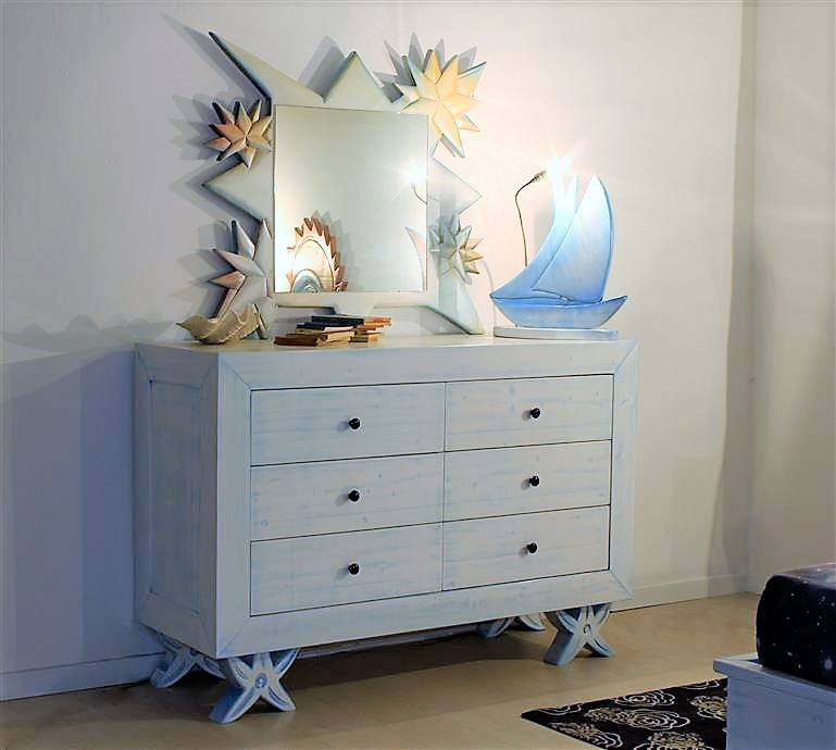 Lacquered solid wood dresser with drawers cuore