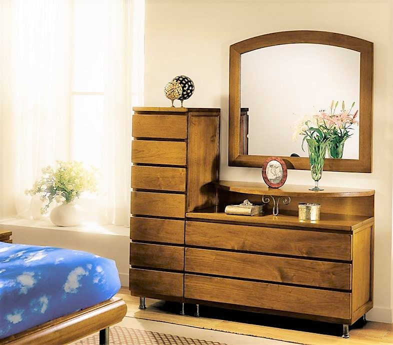 Solid wood dresser with drawers and small week