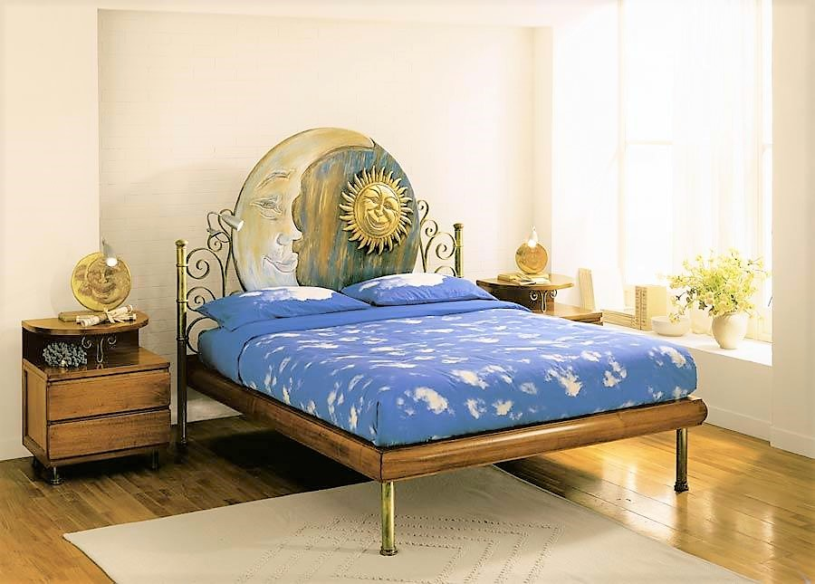 Wooden and wrought iron bed sere d'estate