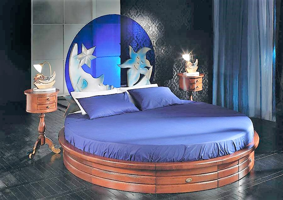 Round bed blu notte with mattress and bedside tables